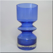 Riihimäen Lasi Oy / Riihimaki blue glass vase by Tamara Aladin, design number 1472, 200mm tall.