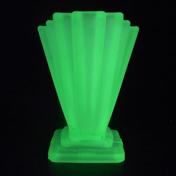 Bagley #334 Art Deco Uranium Green Glass 'Grantham' Vase