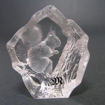 Mats Jonasson #88115 Glass Squirrel Paperweight - Signed