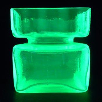 Riihimaki 'Pala' Riihimaen Helena Tynell Uranium Glass Vase