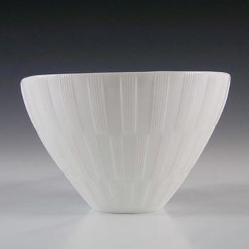 Gullaskruf White Glass 'Randi' Bowl by Lennart Andersson