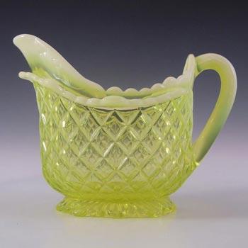 Davidson Primrose Pearline Glass 'Quilted Pillow Sham' Jug