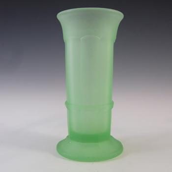 Davidson Vintage Art Deco Frosted Green Glass Vase #279