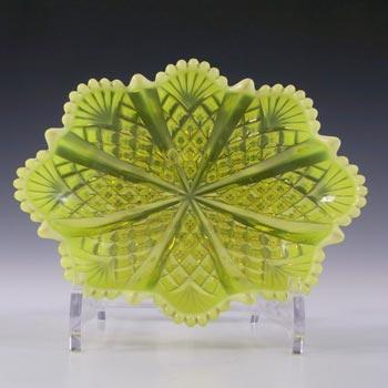 Davidson Primrose Pearline Uranium Glass 'Queens Crown' Bowl
