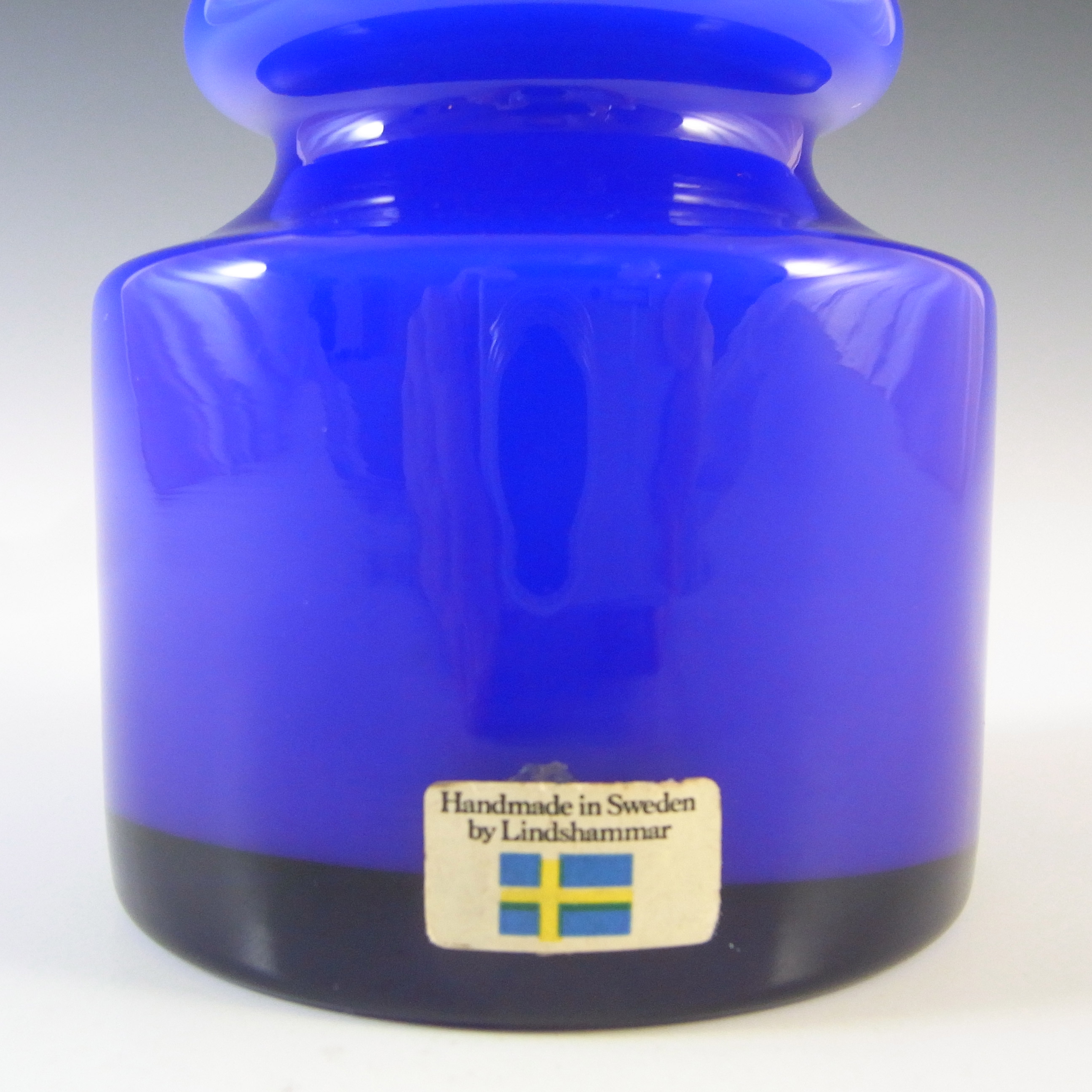 LABELLED Lindshammar Swedish Blue Cased Hooped Glass Vase - Click Image to Close