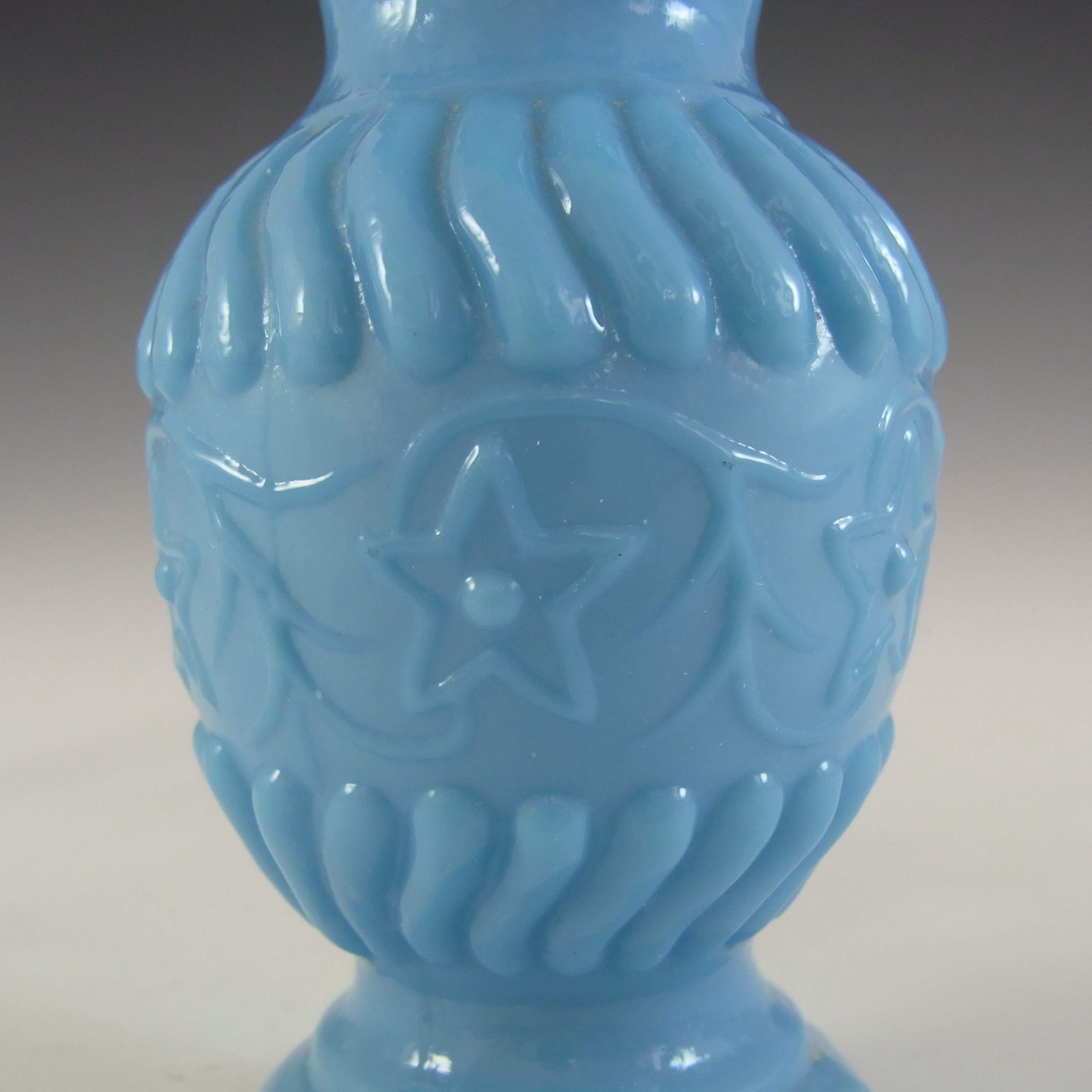 Portieux / Vallérysthal Victorian Blue Milk Glass 'Floral' Vase - Click Image to Close