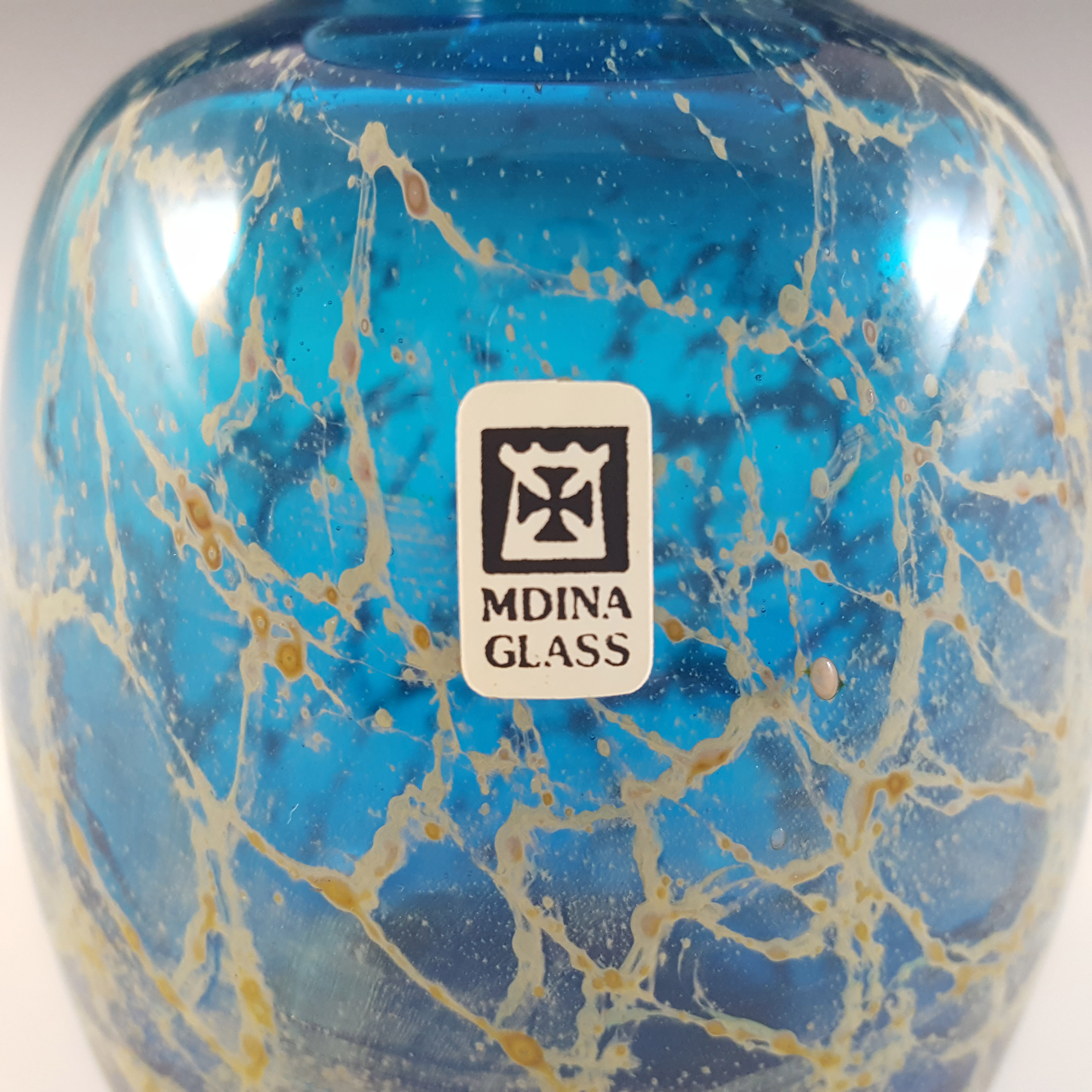 SIGNED & LABELLED Mdina Maltese Blue & Yellow Glass Vase - Click Image to Close